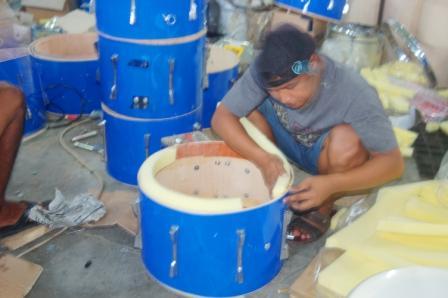pengrajin drumband bantul